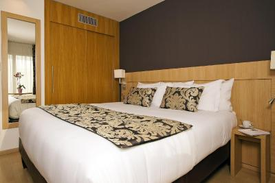 Appart 39 h tel residhome paris massy massy for Appart hotel massy