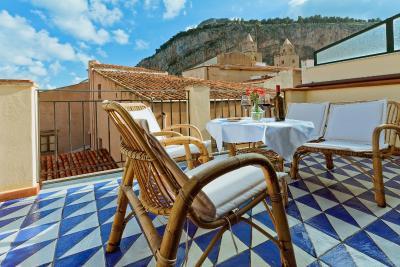 Hotel La Plumeria - Cefalu'