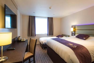 Hotel brighton city centre brighton hove uk for Premier inn family room