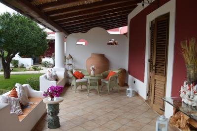 http://r-ec.bstatic.com/images/hotel/max400/436/43685865.jpg