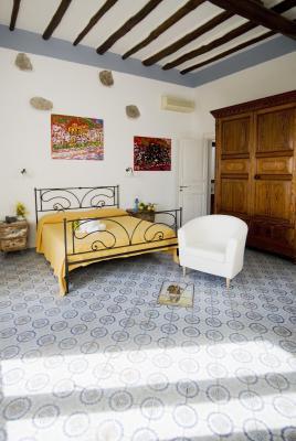 Hotel I Cinque Balconi - Santa Marina Salina - Foto 2