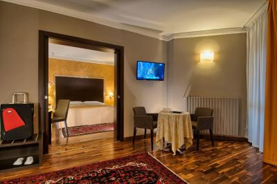 Hotel Petrarca Terme Montegrotto Terme Italy Booking Com