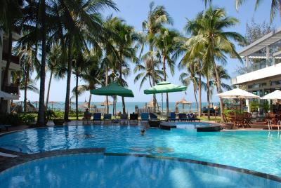 Canary Beach Resort