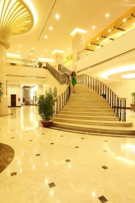 Majestic Mong Cai Hotel
