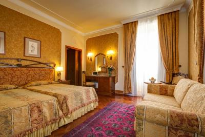 Hotel Villa Morgagni To Colosseum