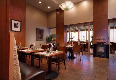 Doubletree By Hilton Hotel New York City Chelsea Booking Com