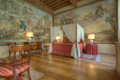 A room at the Hotel The Palazzo Niccolini al Duomo, Florence