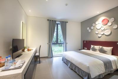 Suối khoáng nóng Alba Thanh Tân Resort