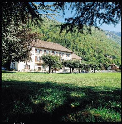 Hotel Les Grillons Talloires Booking