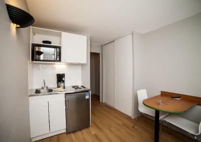 Booking Com Appart H 244 Tel Adagio Access Paris Maisons
