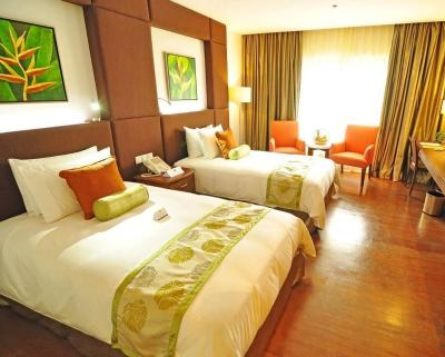 Manila Grand Opera Hotel - Now $29 (Was $̶3̶8̶) - UPDATED