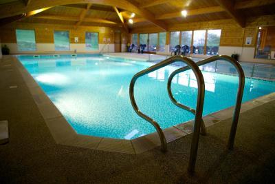 Willersley castle hotel matlock uk - Matlock hotels with swimming pools ...