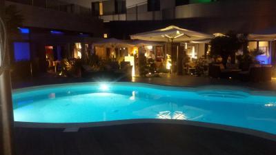 Amati 39 design hotel zola predosa italy for Hotel amati design zola predosa