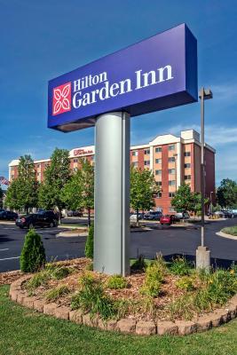 Hilton garden inn minneapolis airpo bloomington including reviews for Hilton garden inn bloomington indiana