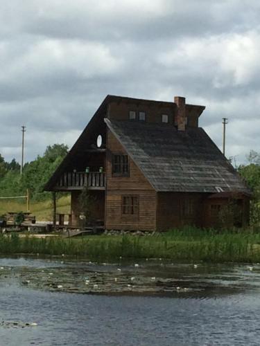 O edifício em que a casa de temporada se localiza