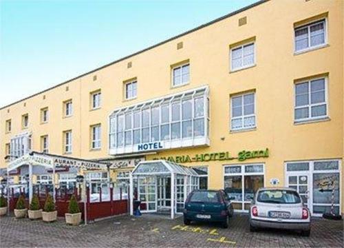Bavaria Safari Hotel