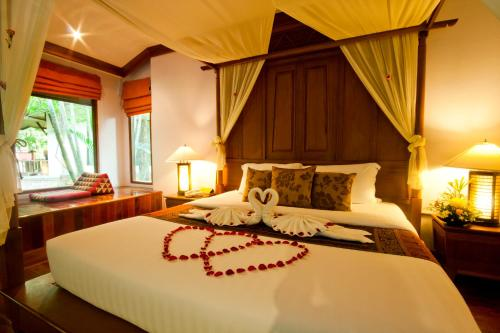 Sunrise Tropical Resort