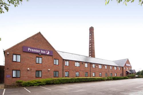 Premier Inn Leeds South - Birstall