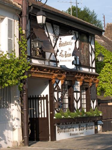Hôtellerie Du Bas-Bréau - Châteaux et Hôtels Collection