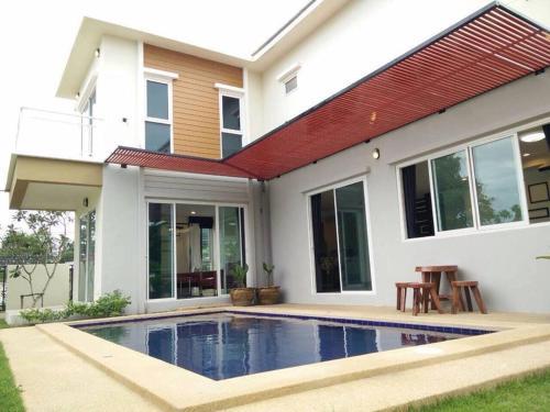 Secret house pool villa