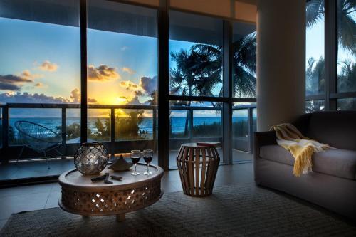 Cote D'Azur Ocean Apartments Miami Beach