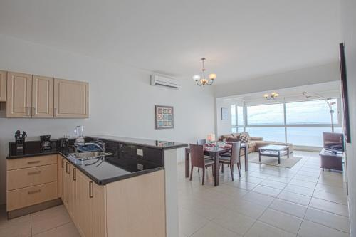 Luxury Apartments Avenida Balboa