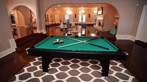 Modern, Luxury, Resort Style Oasis