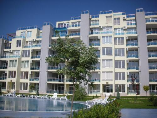 Apartments in Oasis Complex