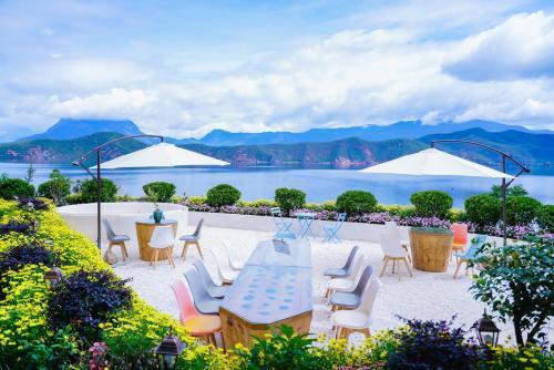 Lugu Lake Yinmi Lakeside Boutique Hotel