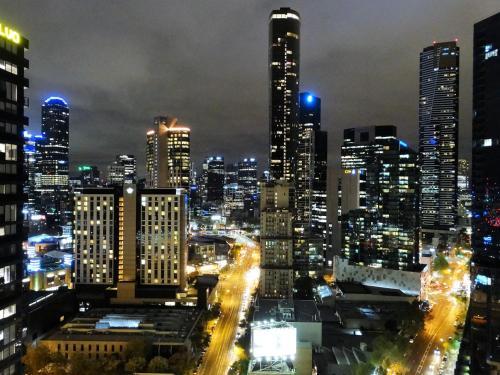 Cloud9 Luxury Apartments (Australia Melbourne) - Booking.com