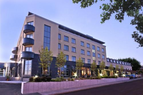 Galway apartments for rent apartment rentals in galway - Hotels in salthill with swimming pool ...