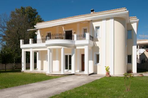 Tòa nhà nơi nhà nghỉ dưỡng tọa lạc