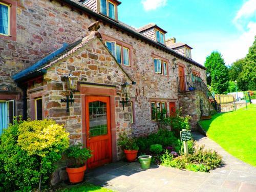The George Inn & Millingbrook Lodge