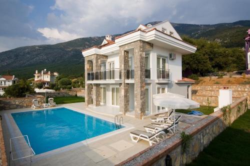 Orka Golden Heights Villas