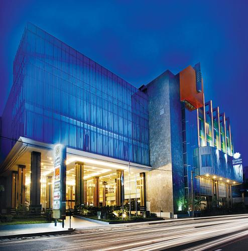 Golden Flower Hotel Bandung