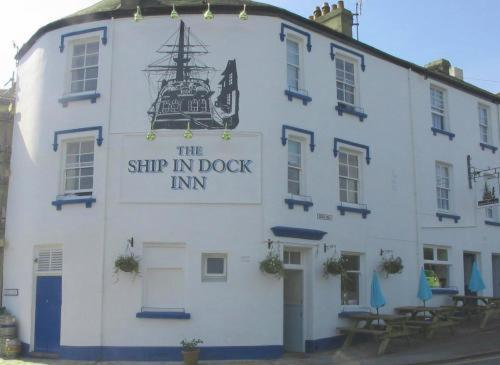 The Ship In Dock Inn