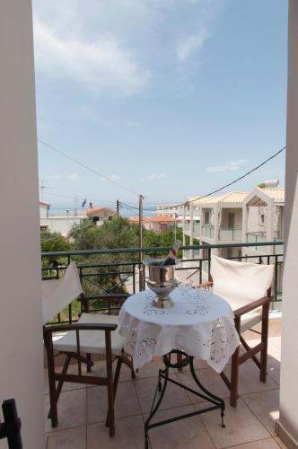 Casa de campo In the tropic of summer (Grecia Avia ...