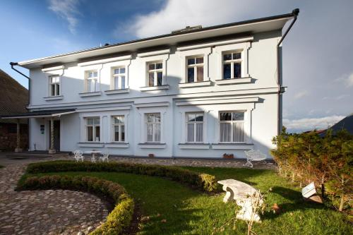 Nina Kordon Guesthouse