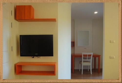 301 Condo And Hotel
