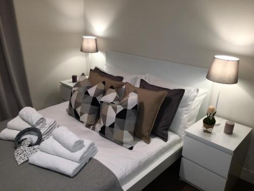 Cama ou camas em um quarto em Deluxe Apartment in Central London Camden