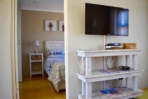 تلفاز و/أو أجهزة ترفيهية في 10 On Ou Kraal