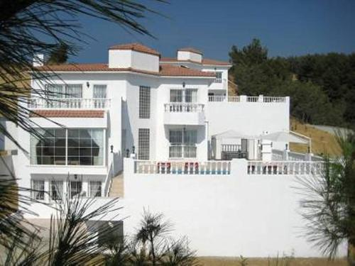 Long Beach Bay View Villas