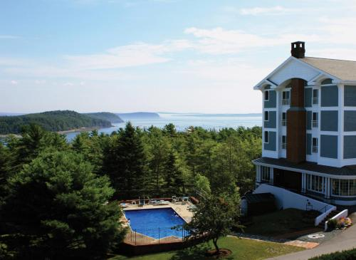 Bluenose Inn - Bar Harbor Hotel