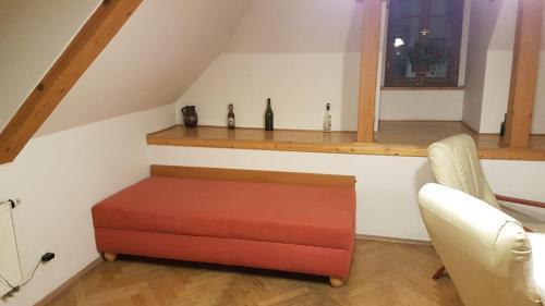 Uma área de estar em Apartmány na Malostranské