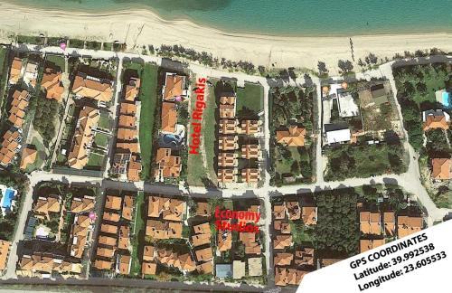 Una vista aérea de Hotel Rigakis