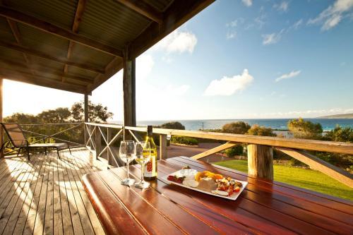 Chandlers Smiths Beach Villas