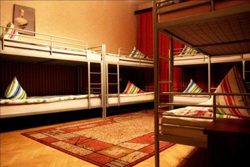 Hostel 74/76