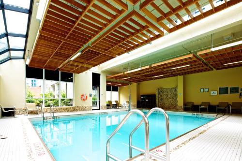Landis Hotel & Suites