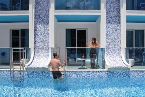 Ocean Blue High Class Hotel & SPA