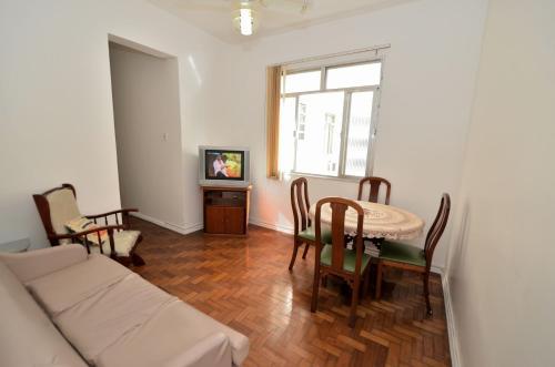 Vem Pro Rio - Apartamento Edmundo Lins